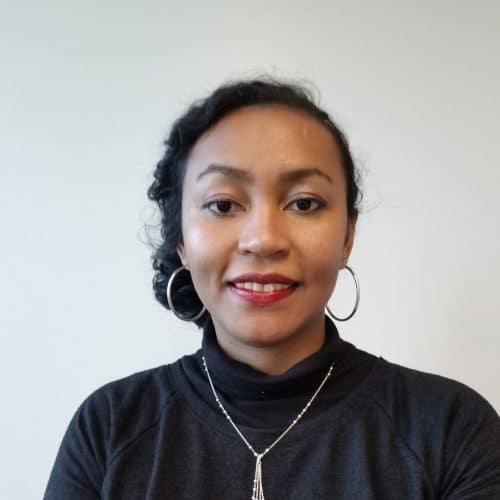 顔写真:ILO統計局アンドニリナ・ラコトナリボ・データ分析官